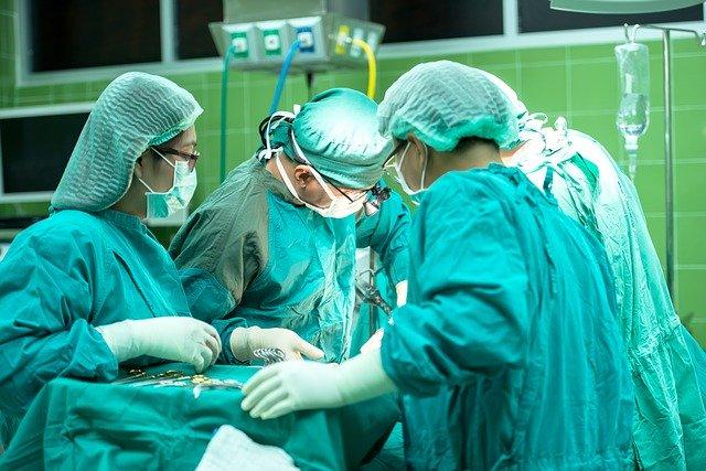 MaskPro доставя маски на лекари